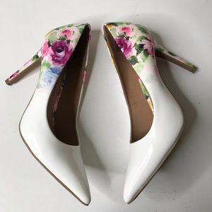 Shoes - 🌸Floral Heels🌸